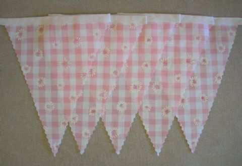 BUNTING Nursery - Pink Gingham with Daisies - 3m/10ft or 5m/16ft